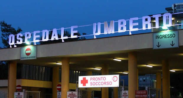 Photo of Nocera, ubriaco aggredisce medico all'ospedale Umberto I