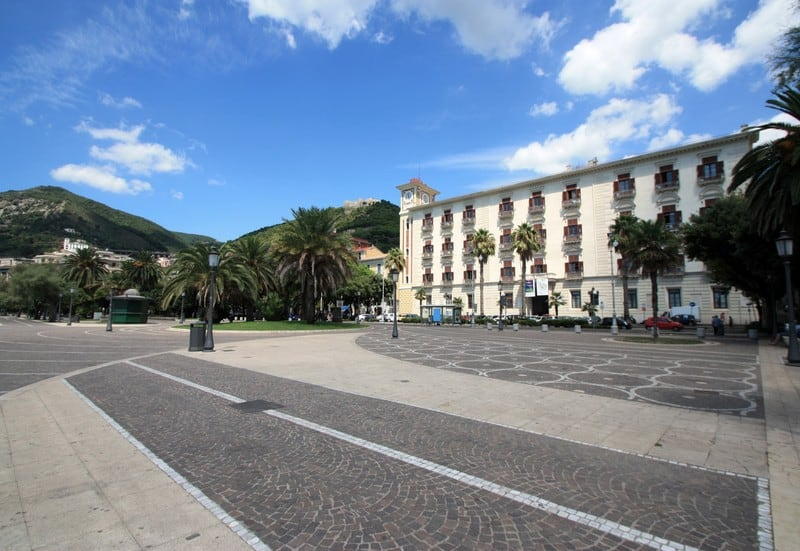 piazza-cavour