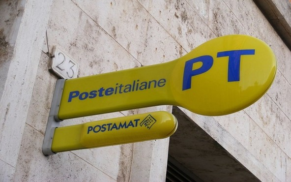 Photo of Poste Italiane: Ruba 500mila euro ai correntisti, beccata ex direttrice