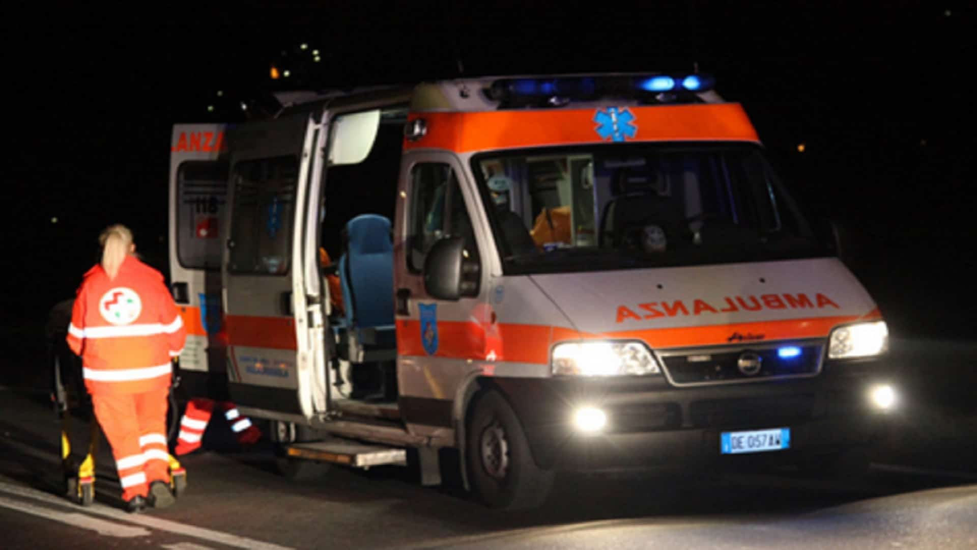 Photo of Padula, incidente nella notte: tre giovani feriti