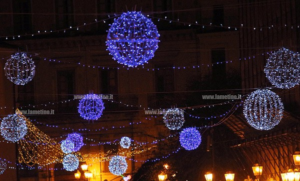 Photo of Luminarie natalizie, già spente a Scafati