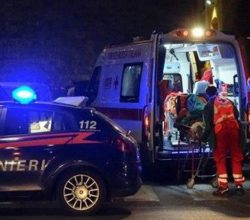 positano-incidente-auto-ribaltata