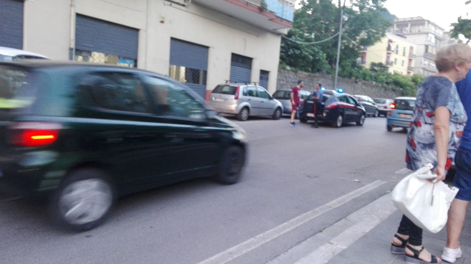 Photo of Salerno, banale tamponamento finisce con una lite: intervengono i carabinieri