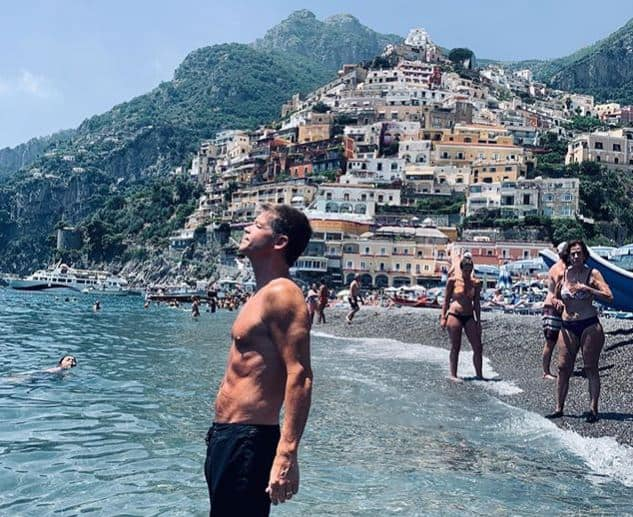 Photo of Positano, il creatore di Deadpool ha scelto la Divina per le vacanze