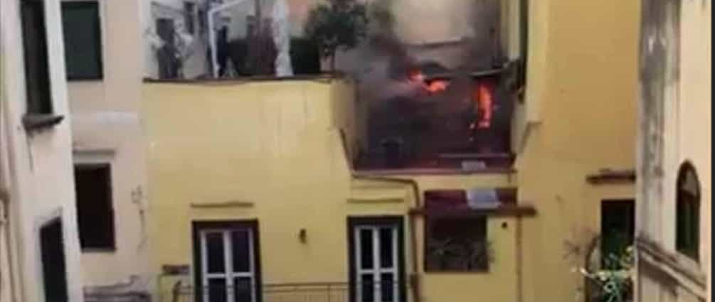 salerno-incendio-via-mazza