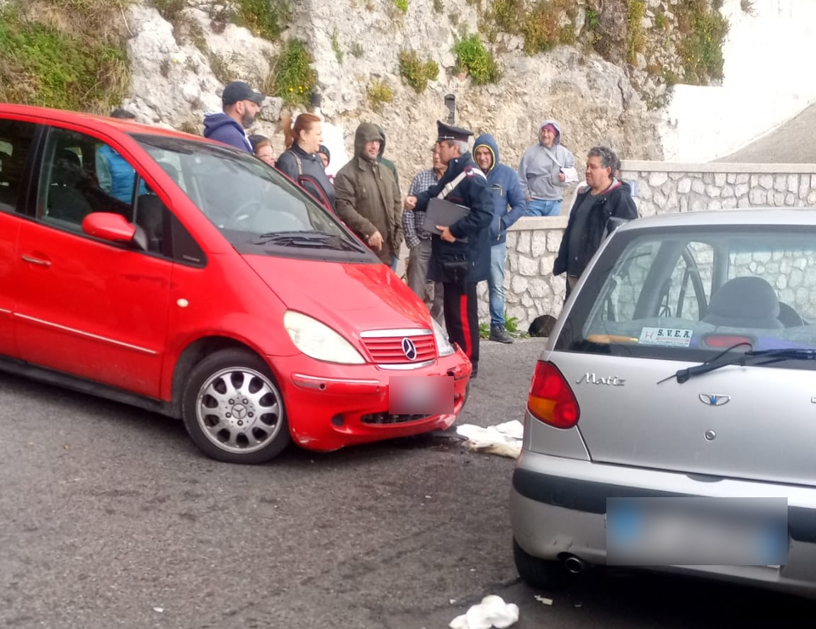 incidente-stradale-furore-scontro-auto-ferita-donna